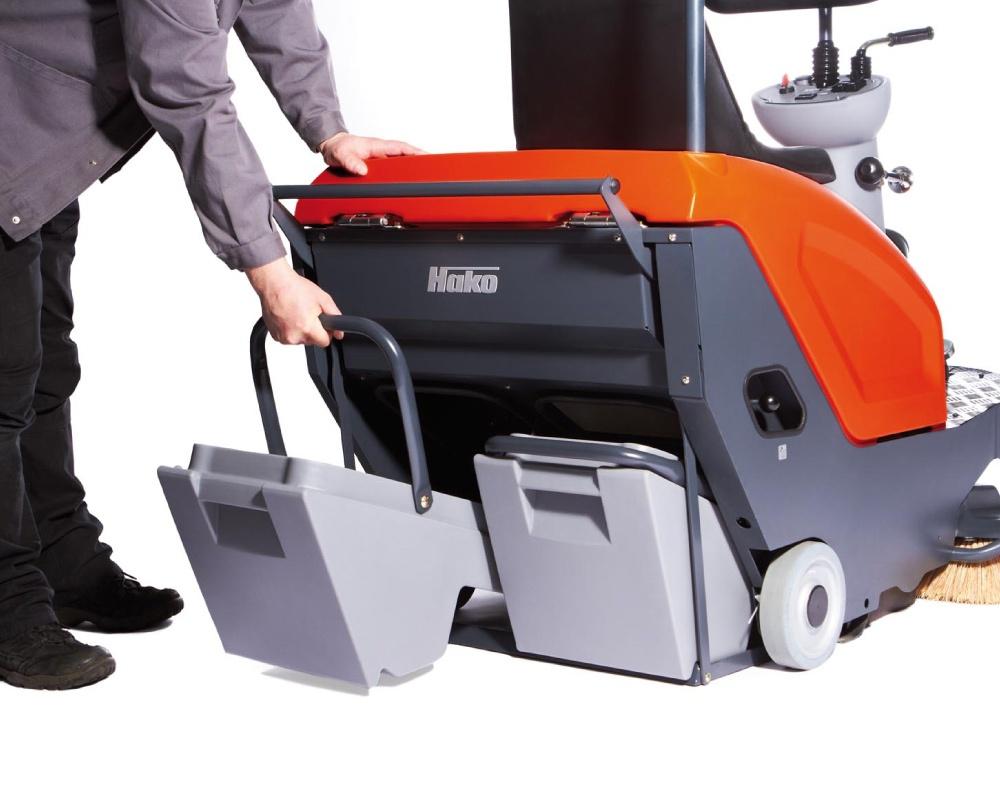 Sweepmaster-B800-R-Industrial-Floor-Sweeper-5