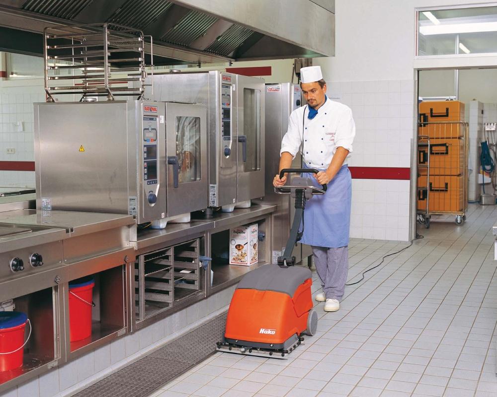 Scrubmaster-B10-Automatic-Floor-Scrubber---Battery-Powered-4.jpg