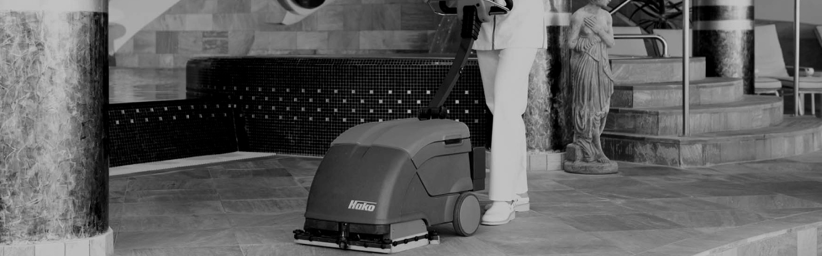 Scrubmaster E10 Industrial Floor Scrubber Electric - 35cm