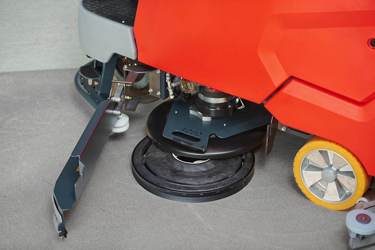 171128_HAKO_B175R_15_0200-disc brush removal1.jpg