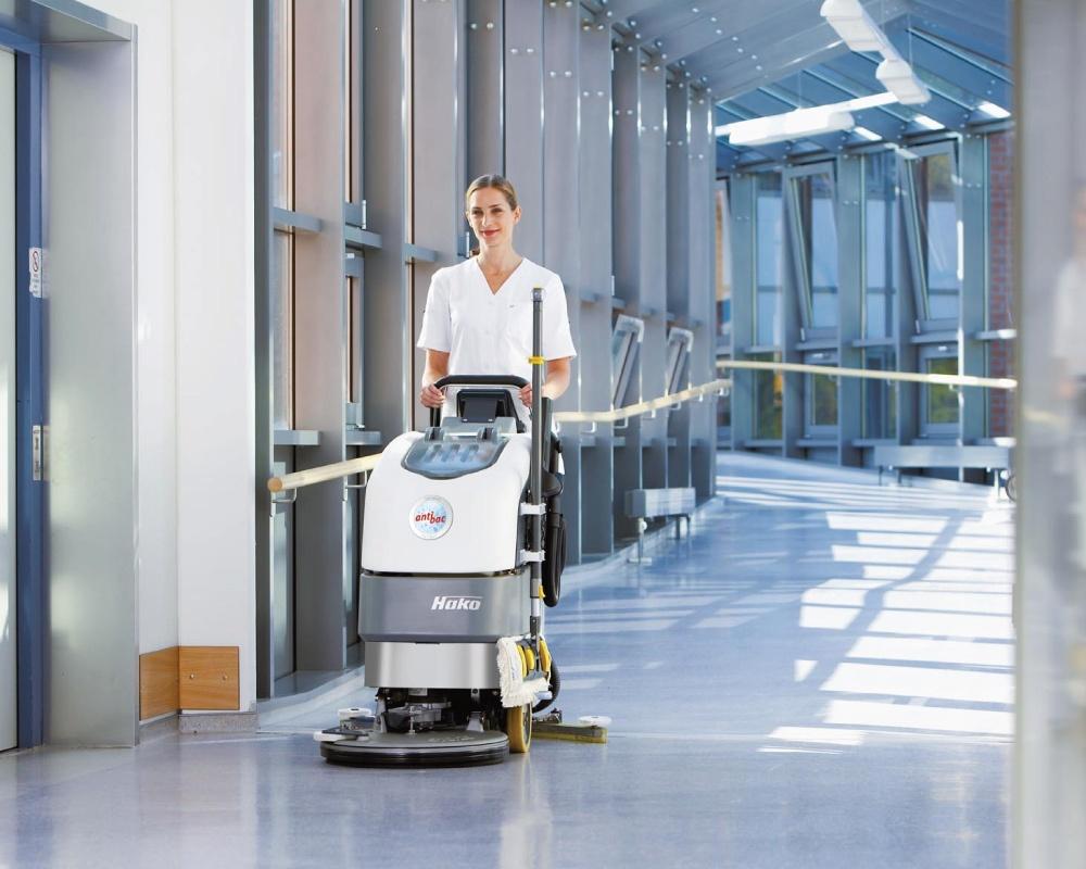 Scrubmaster-B30-Floor-Scrubber-3.jpg