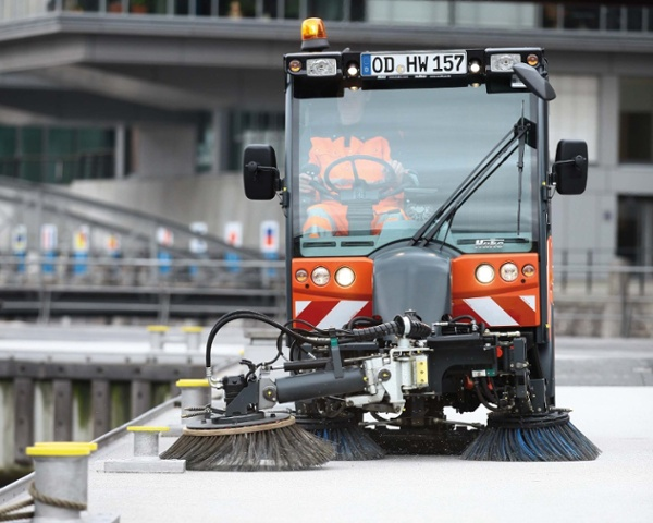 Citymaster-2000-Euro-5-Foothpath-_-Street-Sweeper-5.jpg