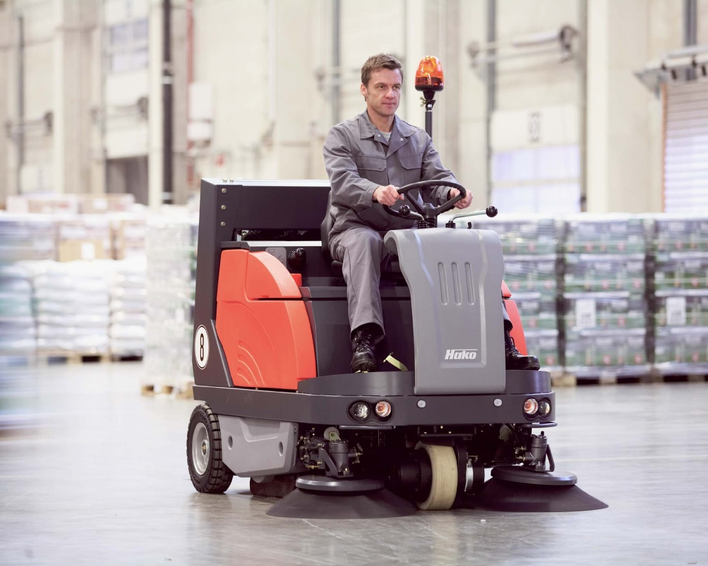 Sweepmaster-B-P-D-1200-RH-Industrial-Floor-Sweeper-5.jpg