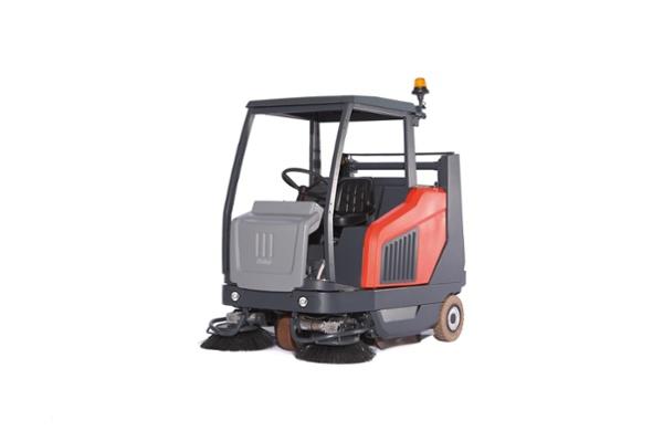 Sweepmaster 1500 1.jpg